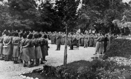 """""""O nouă intelectualitate"""" sau raportul dintre cărturari și sat"""