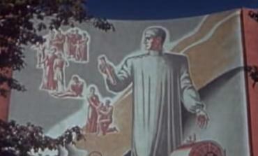 """New York 1939: """"Constructia lumii de maine""""; Obligativitatea Serviciului Social la sate"""