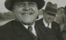"""Enciclopedia Romaniei ca mecanism de propaganda politica. Cezar Petrescu despre """"mantuitorul"""" Romaniei"""