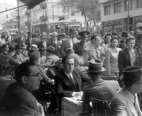 """""""The Most Troubled Times Ever"""". Everyday Life in the 1940s Romania"""